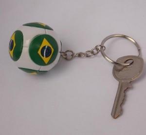 chaveiro bola do brasil